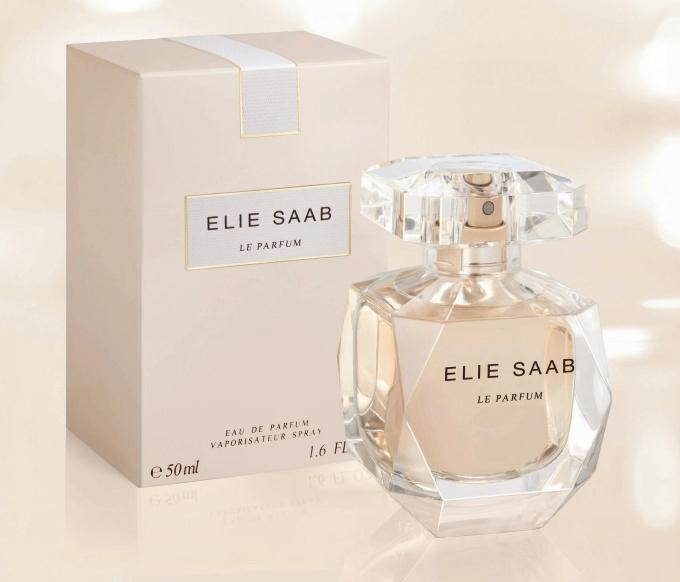 perfume-elie-saab-eau-parfum-resenha-opiniao-bom-2